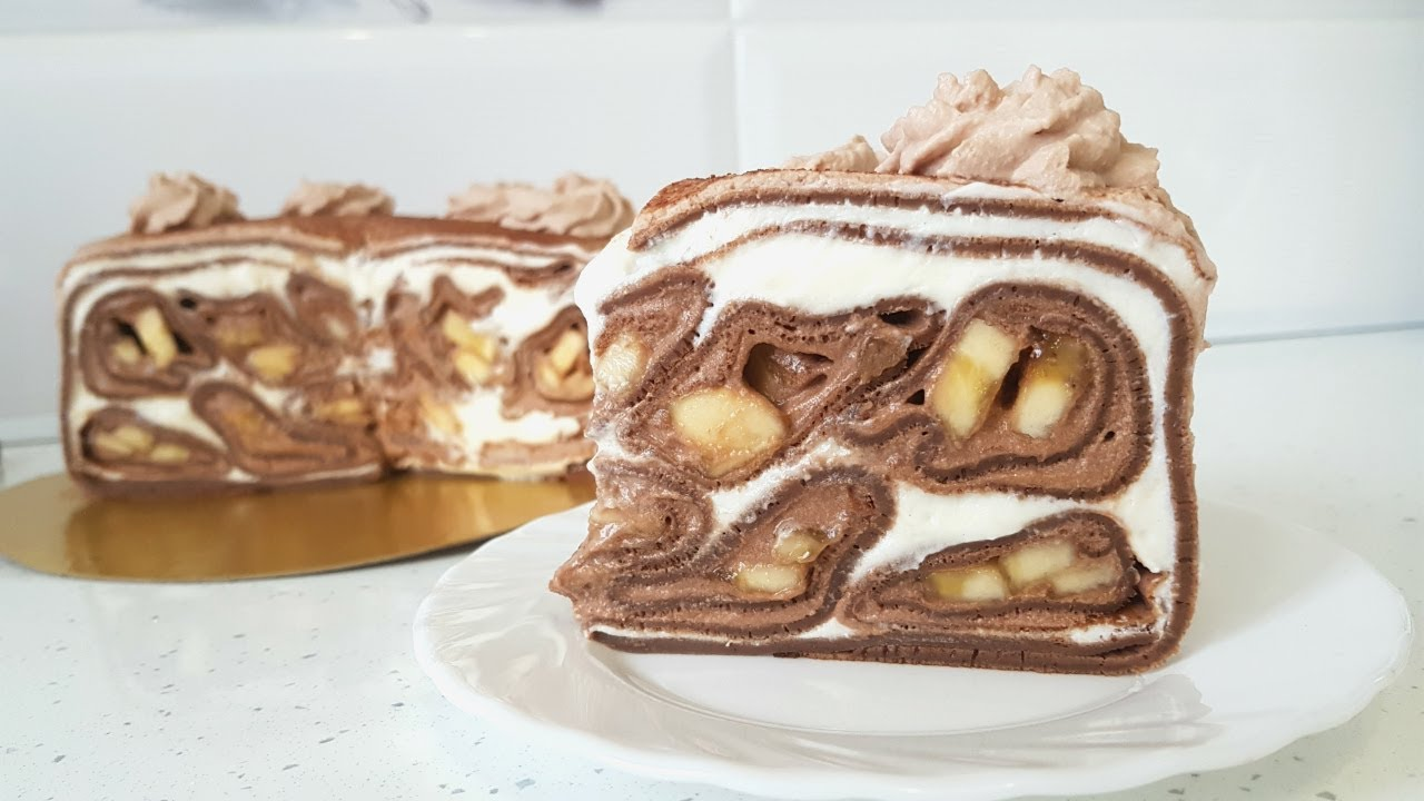 Блинный торт с бананами и кремом пломбир
